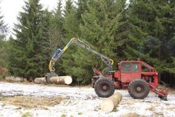 LKT 80 a hydraulická ruka FARMA C 6,3
