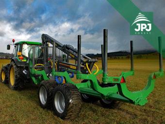 Vyvážečka Farma CT 8,5-12 G2 a traktor John Deere