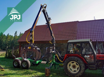 Vyvážečka dřeva Farma CT 5,3-8 + traktor Zetor 7245